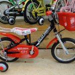 はじめての自転車は戦隊カラーで!